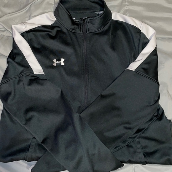 Brand - under armour Size-Large only worn once